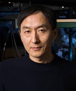 Chunlei Guo