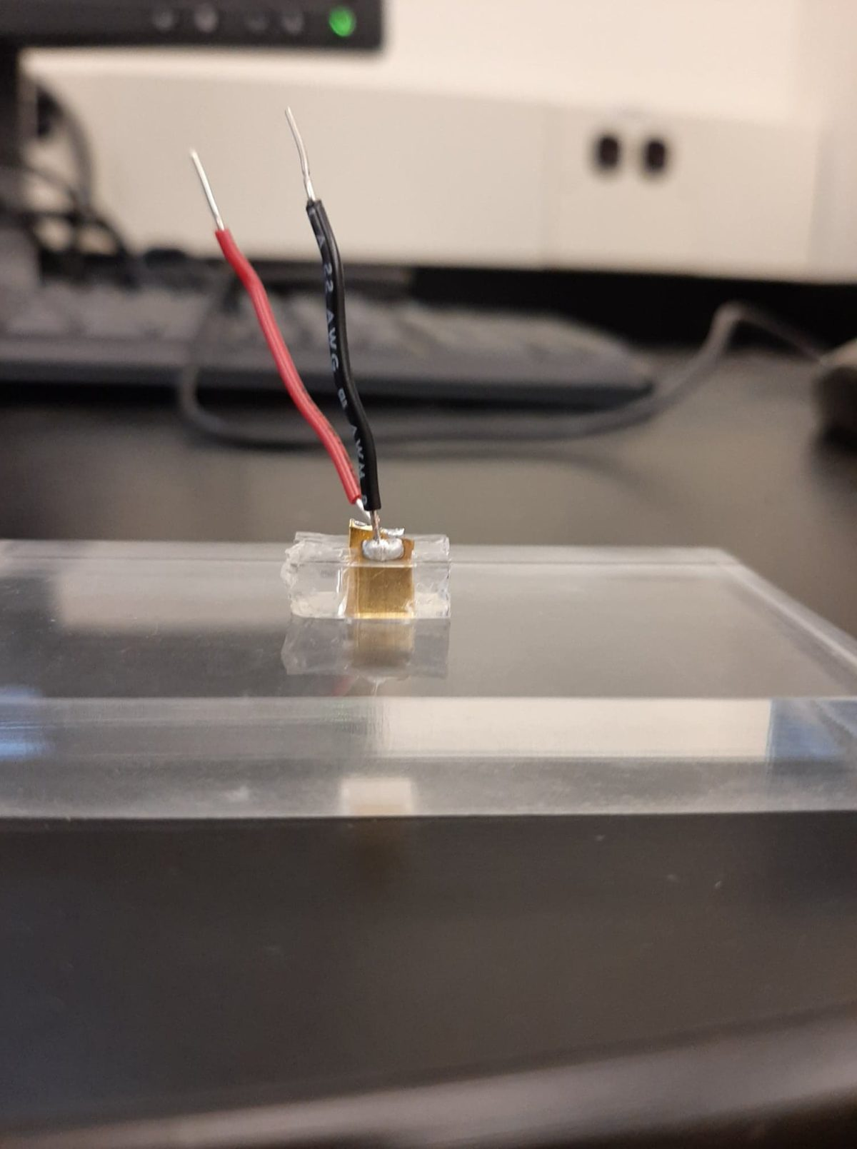 Prototype of blood chamber with attached electrodes